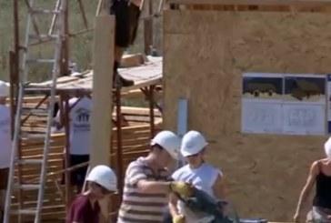 Case sociale pentru săraci construite la Jucu de avocați britanici