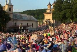 Mănăstirea Nicula – Programul slujbelor de Sfânta Maria