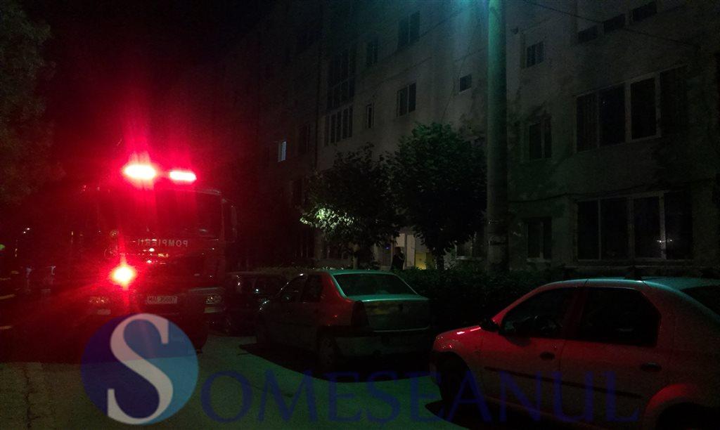 pompieri--incendiu-apartament