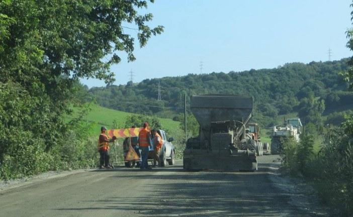 Trei noi proiecte de modernizare a infrastructurii rutiere de importanță regională