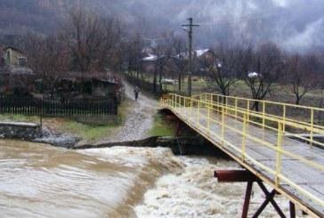 Coduri portocaliu și galben de inundații în 16 bazine hidrografice