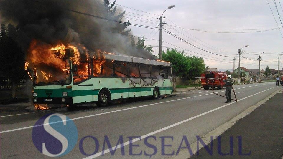 incendiu autobuz Gherla (6)