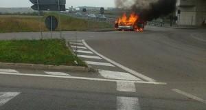 incendiu autoturism Apahida