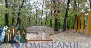 Ziua Holocaustului marcata la Dej la monumentul evreilor deportati din padurea Bungar (4)