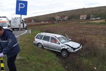 O persoană rănită și două mașini avariate în urma unui accident rutier la Apahida