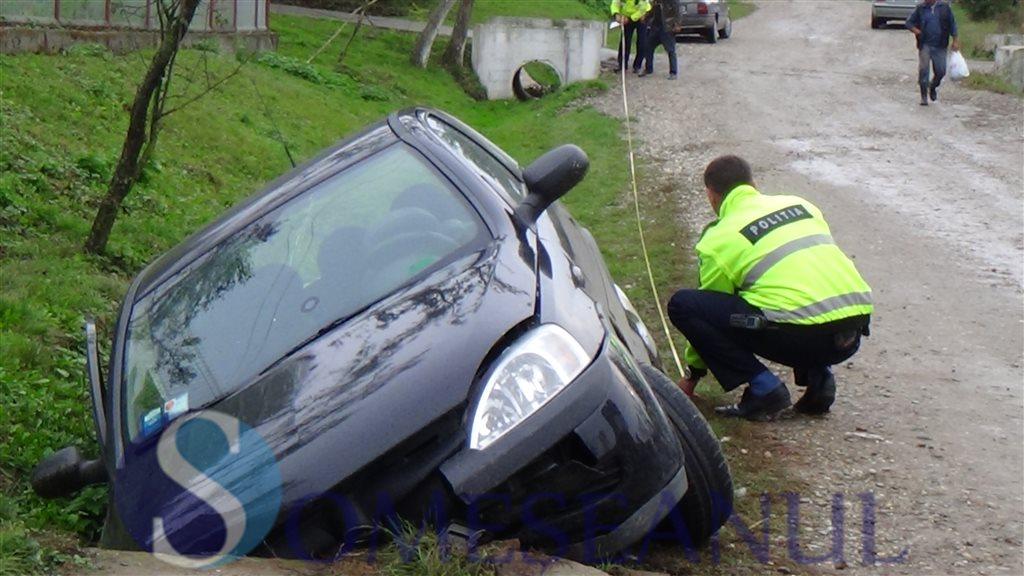 accident masina sant Sanmarghita (7)