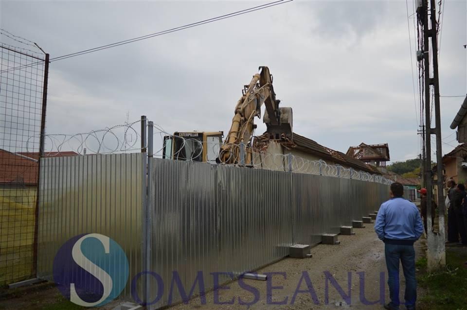 demolare zid penitenciarul Gherla