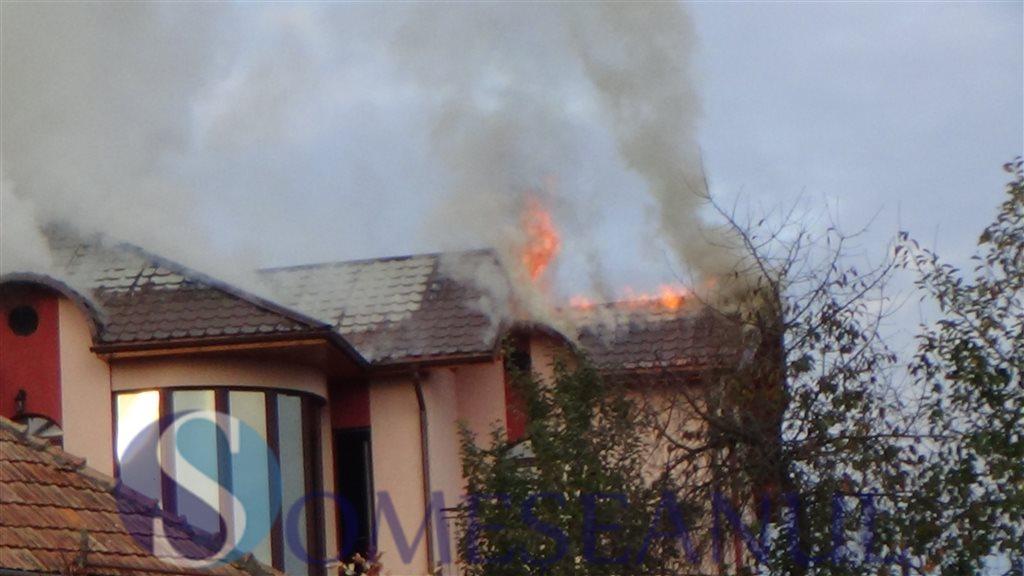 incendiu Dej strada Tiblesului (1)