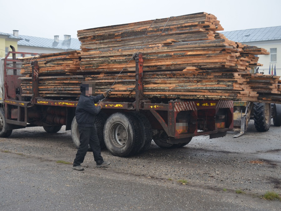 lemn-cherestea-trafic