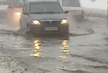 Cod portocaliu de furtună în zona Văii Someșului. Cod galben de inundații pe Someș
