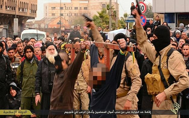victime crucificate statul islamic
