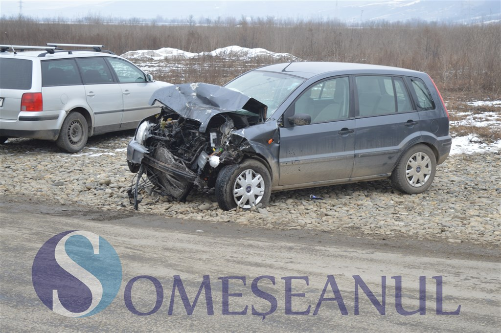 accident frontal gherla