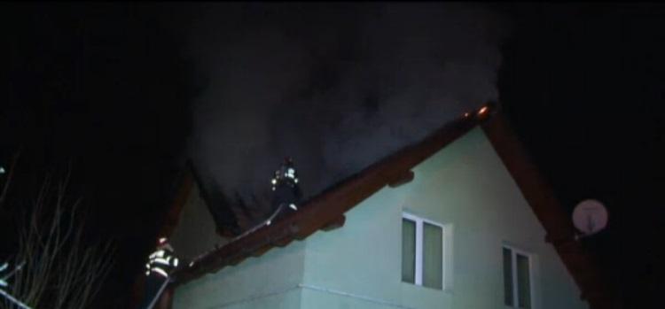 incendiu acoperis maramures