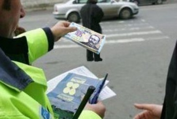 A încercat să mituiască un polițist pentru a-și recupera permisul