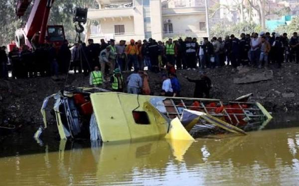 autocar rasturnat egipt