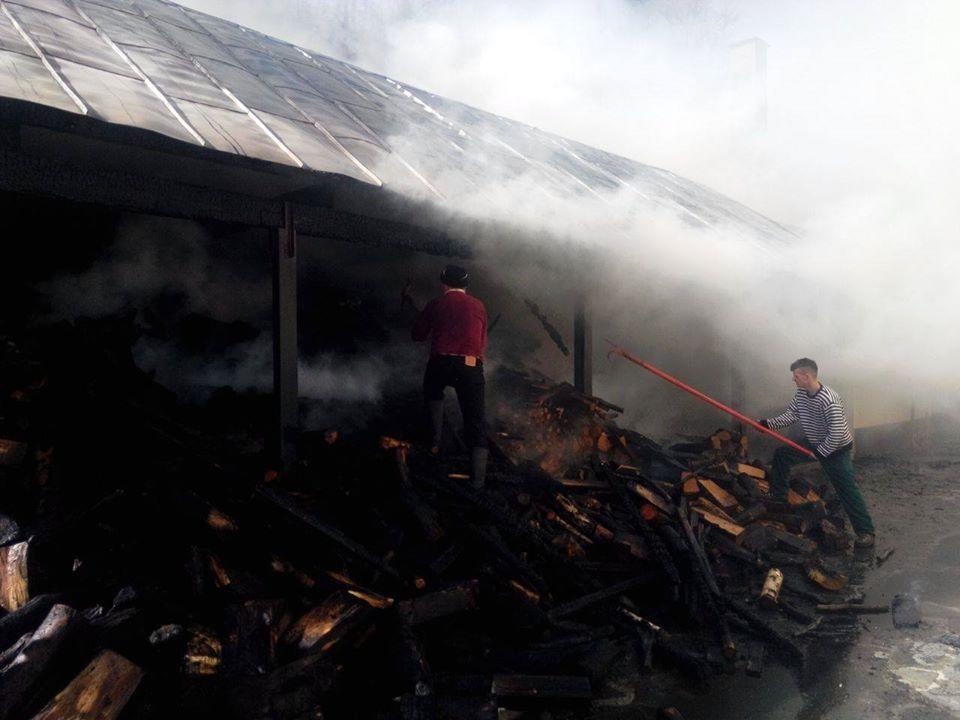 incendiu manastirea parva-1
