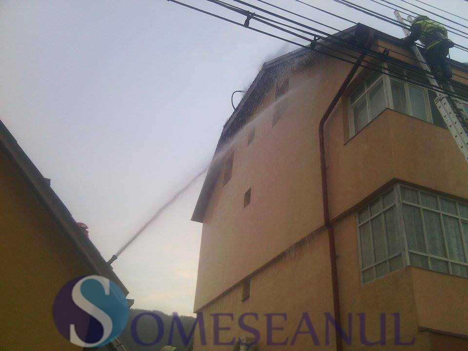 someseanul-incendiu-bloc-salva (1)