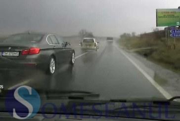 Poliția Clujeană recomandă conducătorilor de autovehicule să conducă prudent pe timp ploios