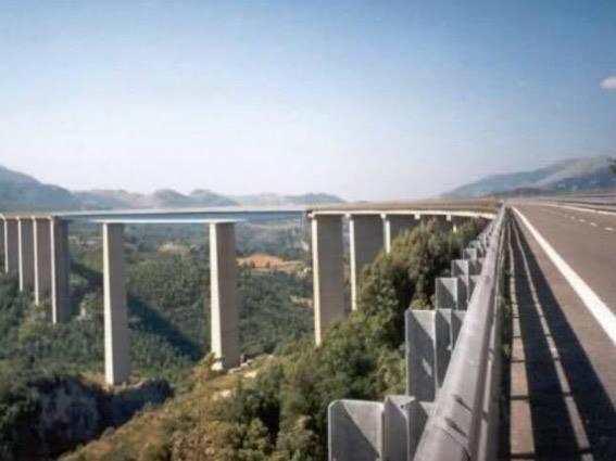 viaduct italia