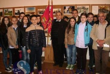 """Ziua Veteranilor de Război, sărbătorită la Școala gimnazială """"Avram Iancu"""" Dej – FOTO"""