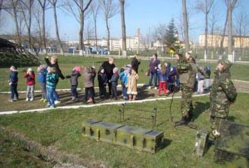 """""""Armata – o școală altfel"""" la Batalionul 811 Infanterie Dej și Batalionul 55 Apărare Antiaeriană """"Someș"""""""