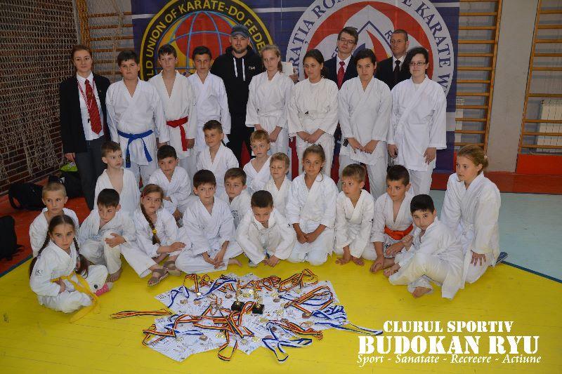 21 de medalii cucerite de karateka Budokan Ryu  la Cupa Dragon Do la Karate WKC