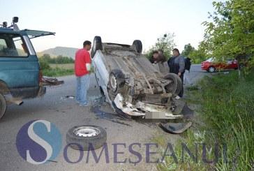 Un bărbat din Jibou a ajuns în stare gravă la spital, după ce mașina în care se afla s-a răsturnat