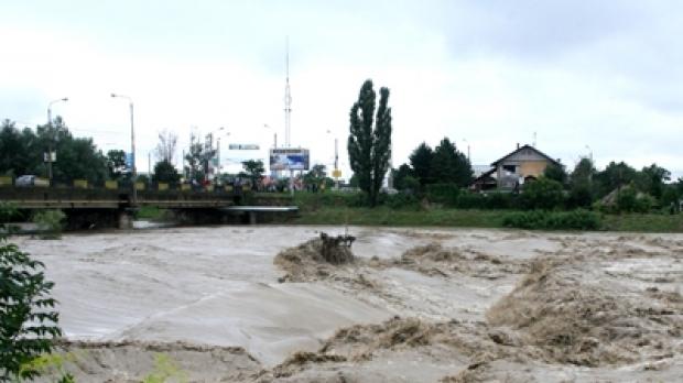 inundatii_apa_mare_61550800