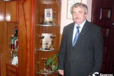 Primarul comunei sălăjene Crasna, în conflict de interese