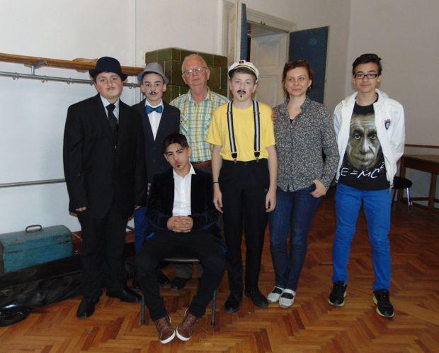 Trupa de teatru Arlequin Dej