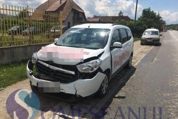Accident în lanț la intrare în Gherla. Patru mașini s-au tamponat – FOTO