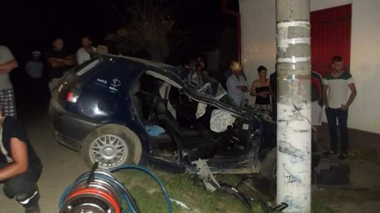 accident masina stalp nimigea-1