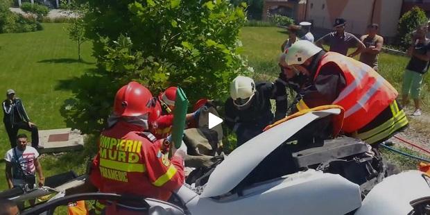 accident rutier unirea rasturnat pompieri descarcerare