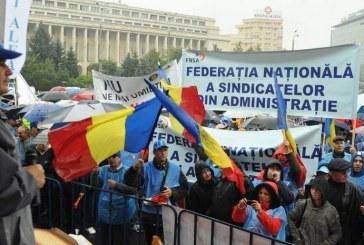 Sindicaliștii din administrația publică strâng semnături pentru declanșarea grevei generale