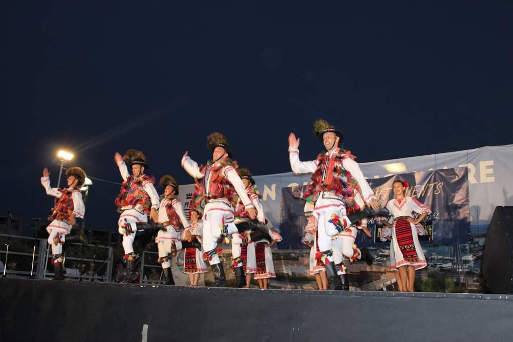 Ansamblul Valea Somesului festival Rimini Italia (1)