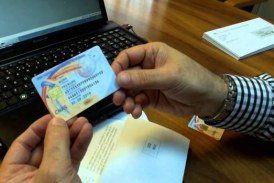 Proiect: Cartea electronică de identitate va înlocui cardul de sănătate. Cele două documente vor circula în paralel