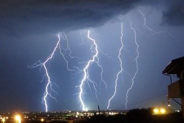 Informare meteo de furtuni şi grindină. Instabilitate atmosferică în nordul și centrul țării