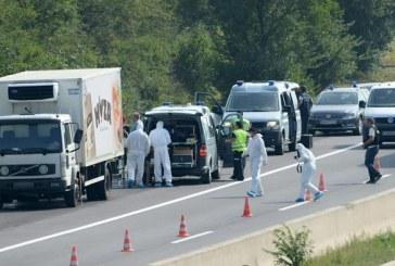 Peste 70 de imigranți morți, descoperiți într-un camion abandonat în Austria