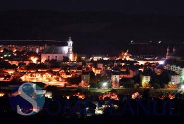 Ceasurile Catedralei Armeano-Catolice din Gherla luminate – FOTO