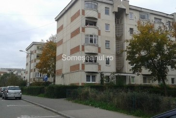 Apartament din Cluj-Napoca spart de hoți. Proprietarii au găsit ușa deschisă