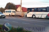 Coliziune între un autocar din Bistrița și o dubiță la Iclod – FOTO