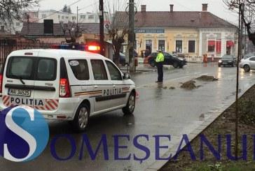 Circulația îngreunată pe mai multe străzi din Gherla. La fața locului au intervenit imediat mai multe echipaje de poliție – FOTO/VIDEO