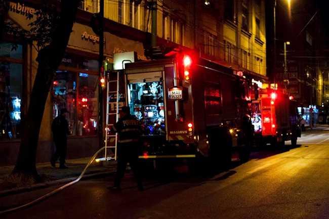 incendiu-pompieri-1