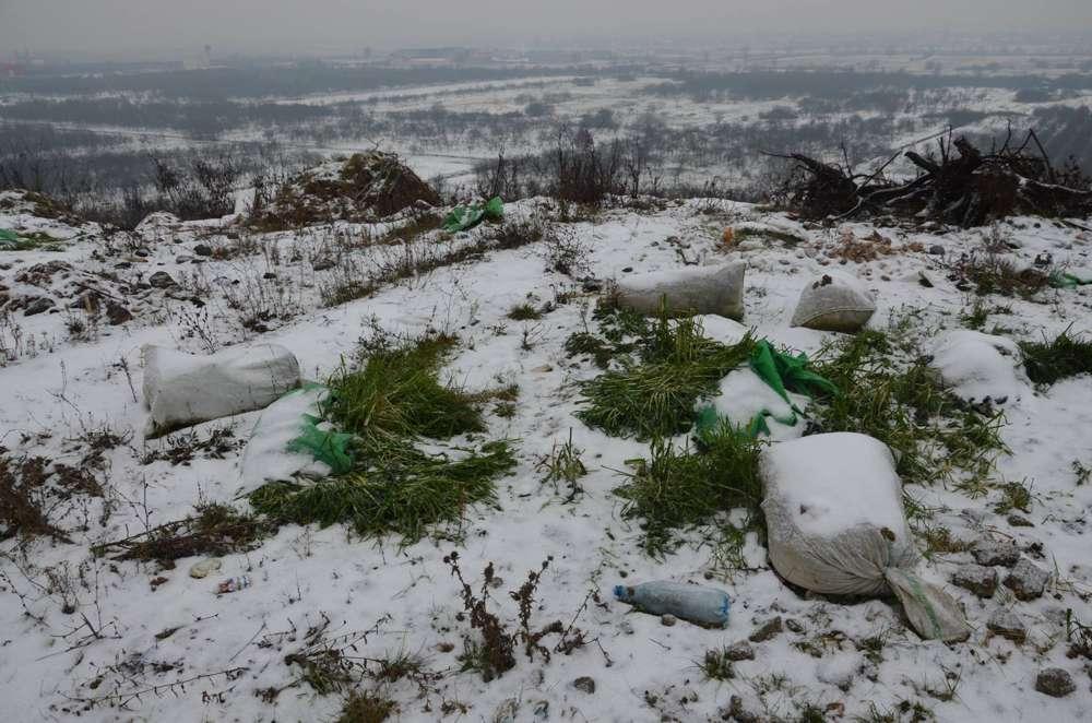 deseuri aruncate ilegal Maramures Dealul Dura
