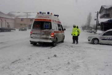 Situația drumurilor în țară: Autostrada A2 şi 18 drumuri naţionale din zece judeţe, închise din cauza vremii