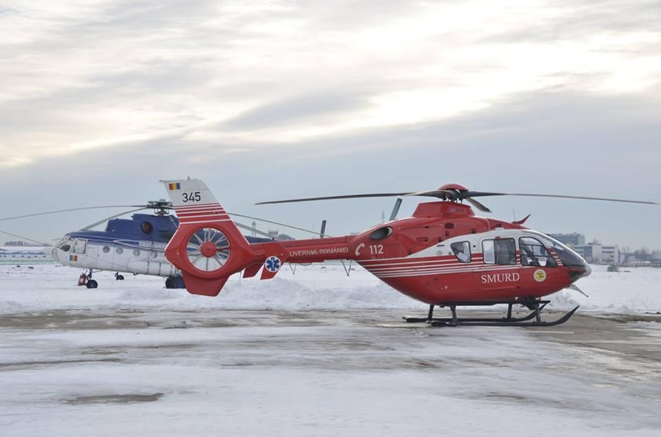 Trei misiuni de salvare executate cu elicopterele MAI din cauza drumurilor greu practicabile