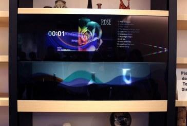 Primul televizor transparent prezentat de Panasonic la târgul CES din Las Vegas