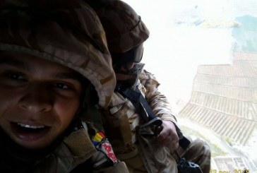 Un tânăr din Bistrița, mezinul Dragonilor Transilvani din Afganistan