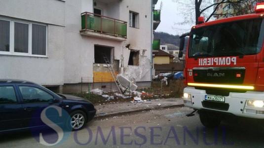 someseanul-explozie-apartament-bloc-grigorescu-cluj-6-535x301 FOTO/VIDEO - Explozie urmată de incendiu într-un bloc din Cluj-Napoca. Mai multe apartamente au fost afectate