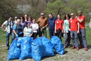 Acțiune de ecologizare derulată de Consiliul Județean Cluj în Cheile Turzii